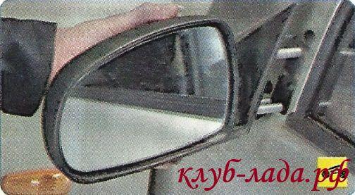 Снять внешнее зеркало Гранты в сборе