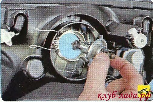 замена ламп фар лада гранта