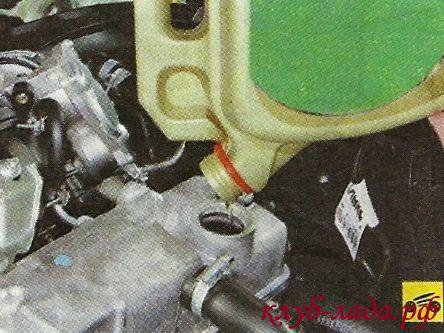 Порядок замены масла Гранты (в двигателе)