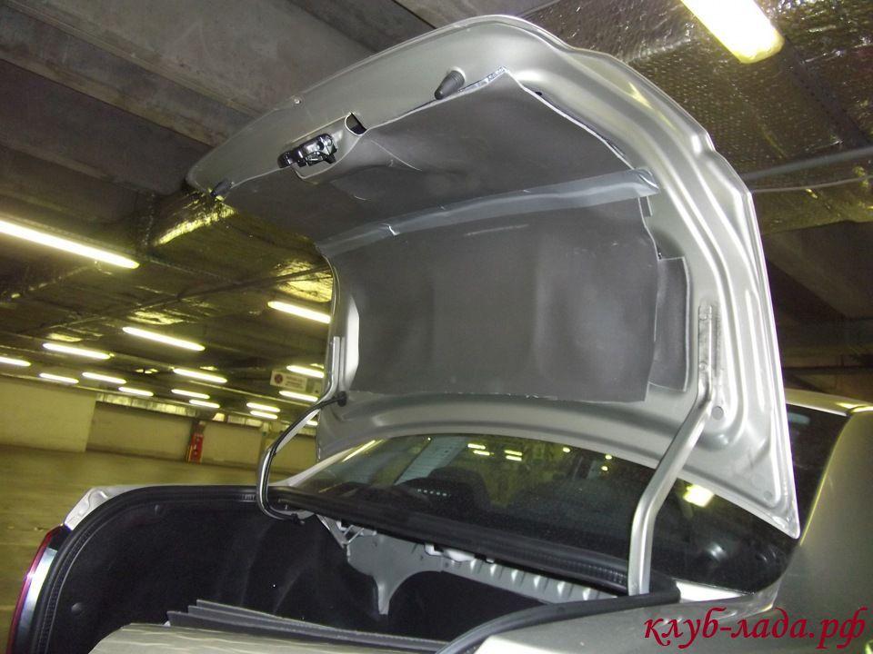 шумоизоляция крышки багажника Лада Гранта
