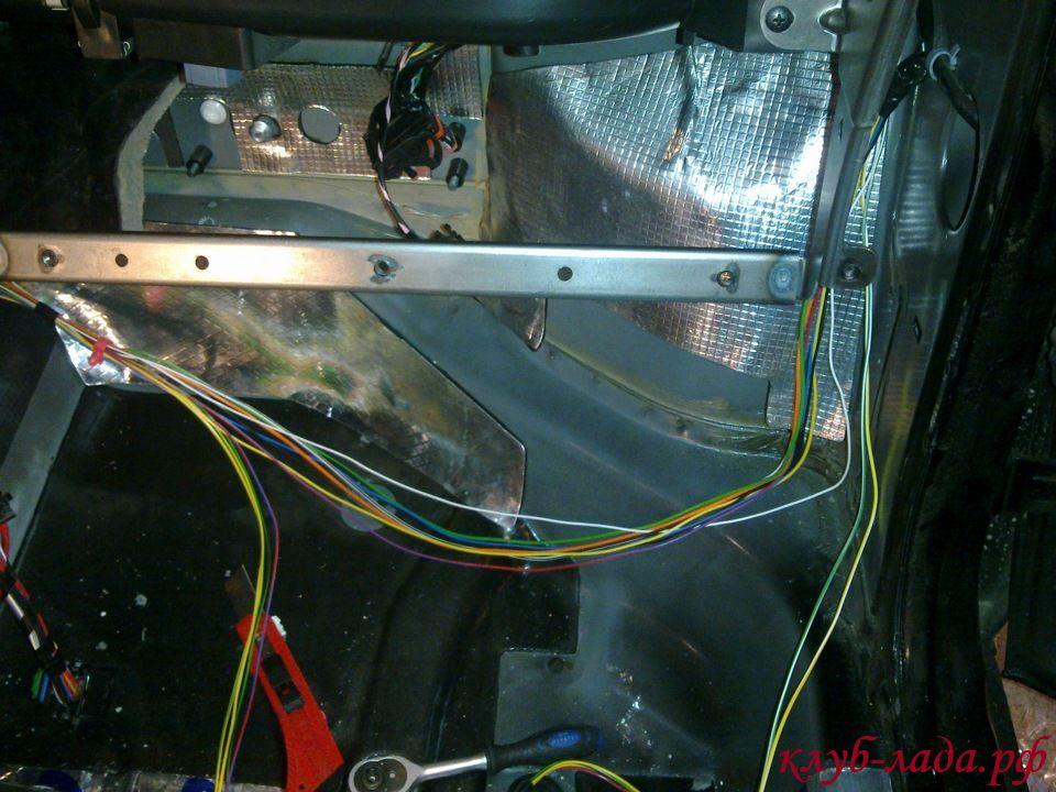 штатная шумоизоляция моторного щита Granta