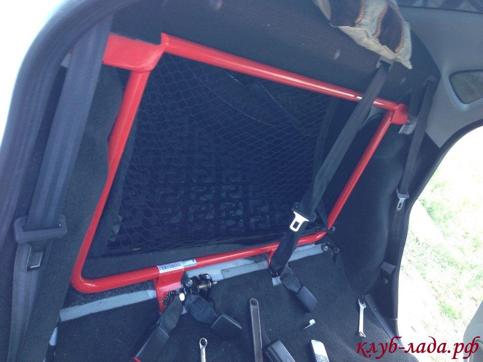 Установка усилителя кузова в багажник Гранты