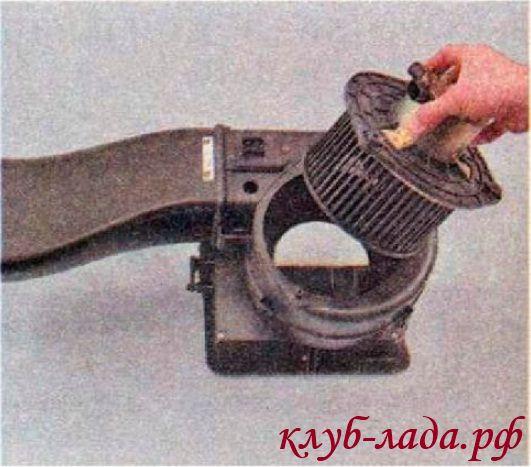 Вентилятор отопителя (печки) Калина