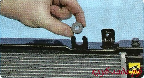 резинометаллические втулки верхних креплений радиатора гранты/калины