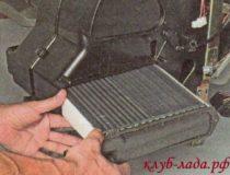 Замена радиатора печки на Калине (два способа)