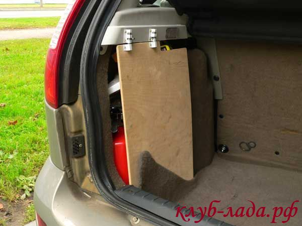 складная боковина багажника Калины