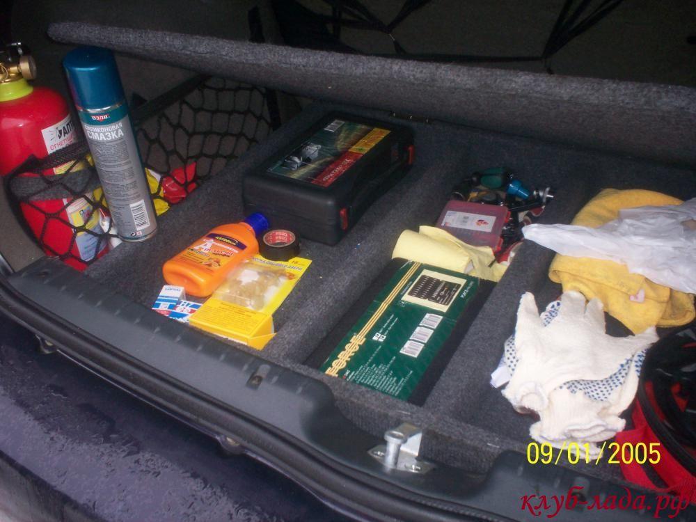 сетка в багажнике калины