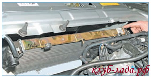 Наклонить радиатор приоры к двигателю