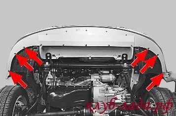 три винта крепления бампера к защитным кожухам крыльев