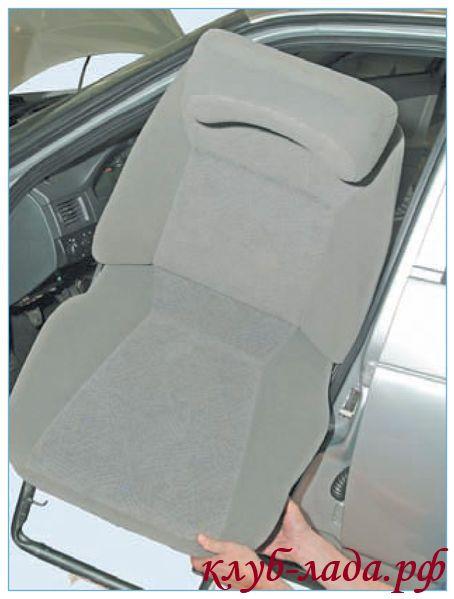 Вытащить кресло Приоры из салона автомобиля